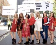 أغرب مظاهرة في العالم: نساء بدينات يطالبن بملابس تليق باحجامهن