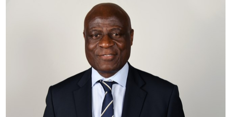 """النائب الأول لرئيس الاتحاد الأفريقي لكرة القدم """"كاف"""" : العيون أصبحت مدينة يحتذى بها بعدما كانت لا شيء"""
