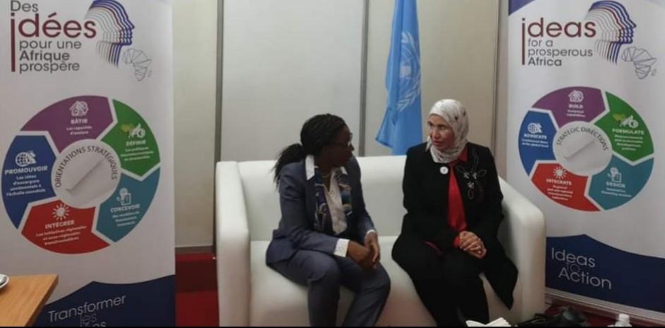 اجتماع الوزيرة نزهة الوفي مع السيدة فيرا سنغوي الأمينة التنفيذية للجنة الاقتصادية لأفريقيا التابعة لمنظمة الأمم المتحدة على هامش الدورة السادسة للمنتدى الجهوي للتنمية المستدامة بإفريقيا