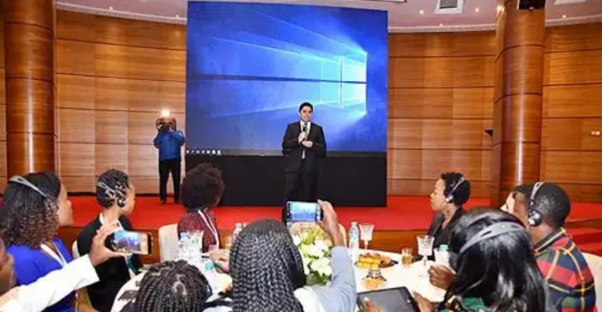 ناصر بوريطة: إفريقيا في حاجة لوسائل إعلام جادة وذات مصداقية لمواجهة انتشار الأخبار الزائفة
